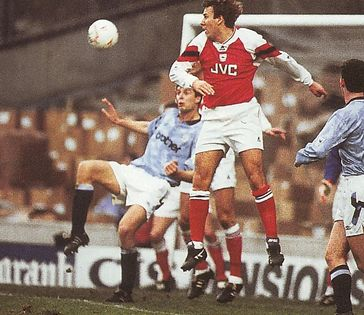 arsenal home 1992 to 93 action3