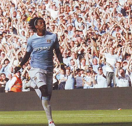 arsenal home 2009 to 10 adebayor goal
