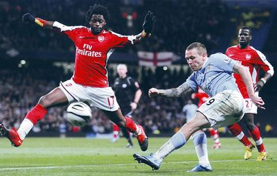arsenal league cup 2009 to 10 action