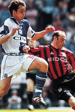 blackburn away 1999-00 action2