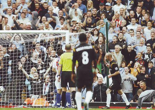 blackburn away 2009 to 10 ireland goal2