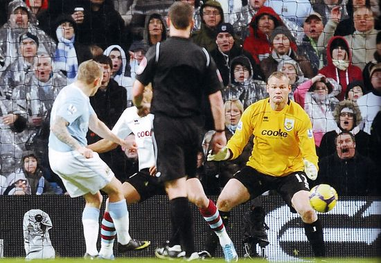 burnley home 2009 to 10 bellamy goal