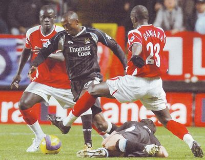charlton away 2006 to 07 action3
