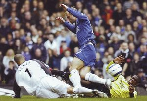 chelsea away 2005 to 06 action5