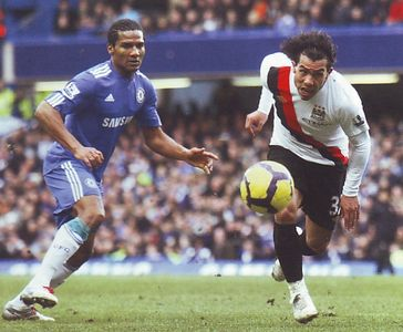 chelsea away 2009 to 10 action3