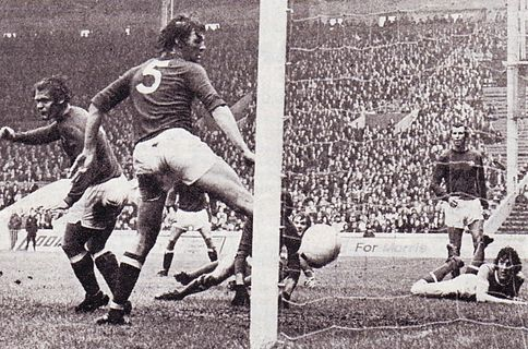 chelsea home 1973 to 74 booth disallowed goal