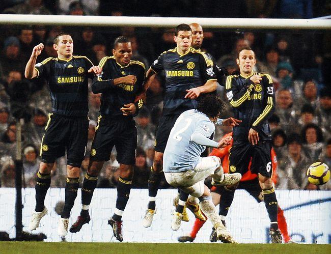 chelsea home 2009 to 10 tevez goal2