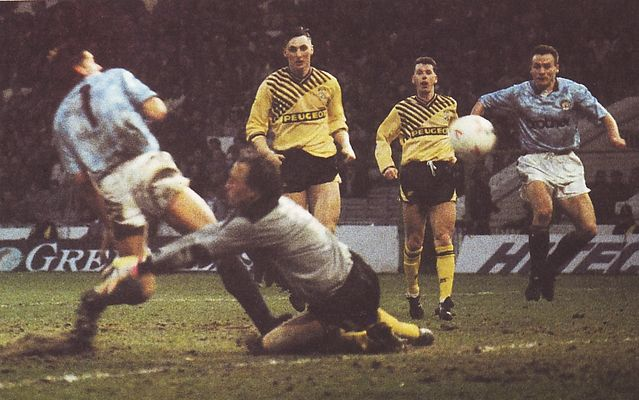 coventry home 1989 to 90 white winner