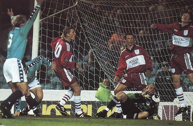 crewe home 1997 to 98 greenacre goal