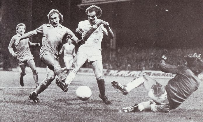 crystal palace home fa cup 1980 to 81 action