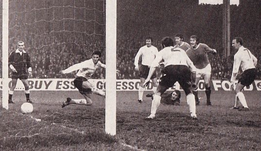 derby home 1972-73 marsh goal 2-0
