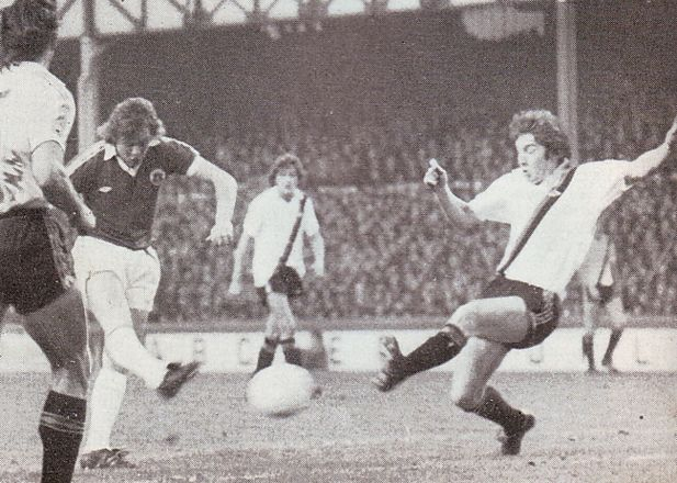 everton away 1978 to 79 action