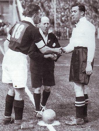 a cup final 1932 to 33 sam cowan