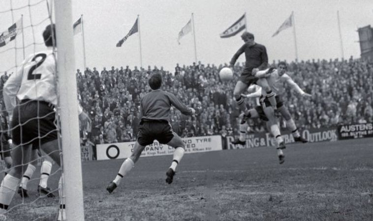 fulham away 1967 to 68 action7