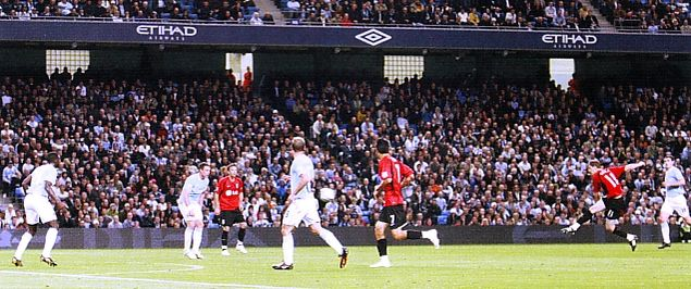 fulham home carling cup 2009 to 10 GERA GOAL