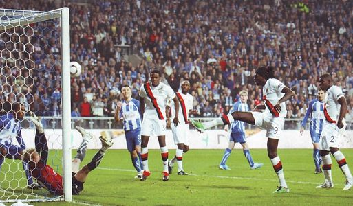 lech poznan away 2010 to 11 adebayor goal
