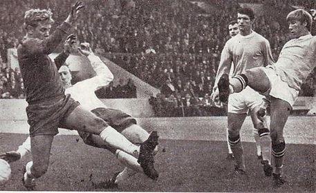 leeds home 1968 to 69 bell 1st city goal