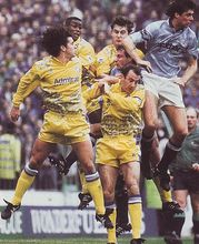 leeds home 1992 to 93 action2