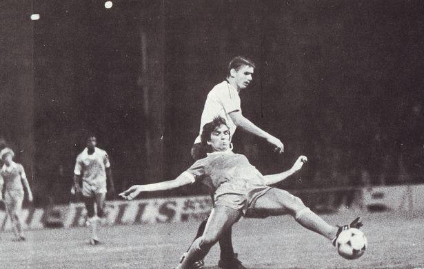 legia warsaw 1980 to 81 reeves goal