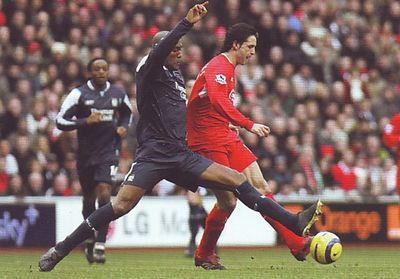 liverpool away 2005 to 06 action
