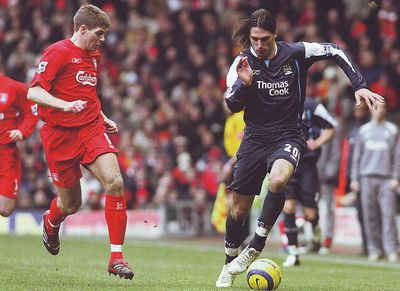 liverpool away 2005 to 06 action4