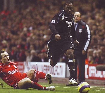 liverpool away 2006 to 07 action6