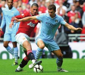 man united charity shield 2011 to 2012 action2