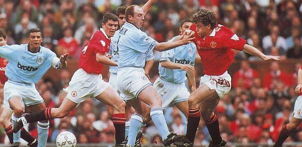 man utd away 1993 to 94 action