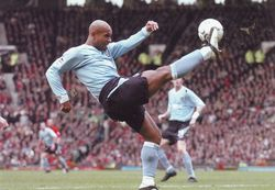man utd away 2003 to 04 action4