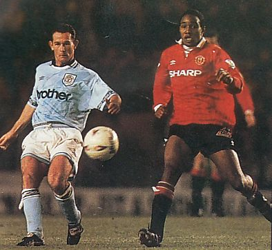 man utd home 1993 to 94 action4