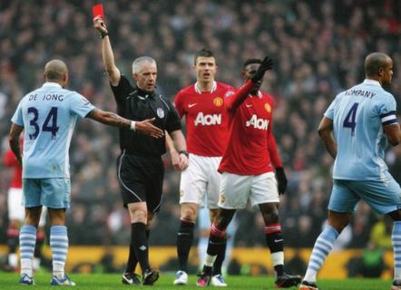 man utd home fa cup 2011 to 12 kompany sent off