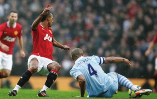 man utd home fa cup 2011 to 12 kompany tackle
