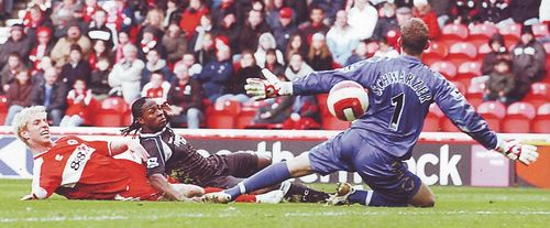 middlesbrough away 2006 to 07 mpenza goal