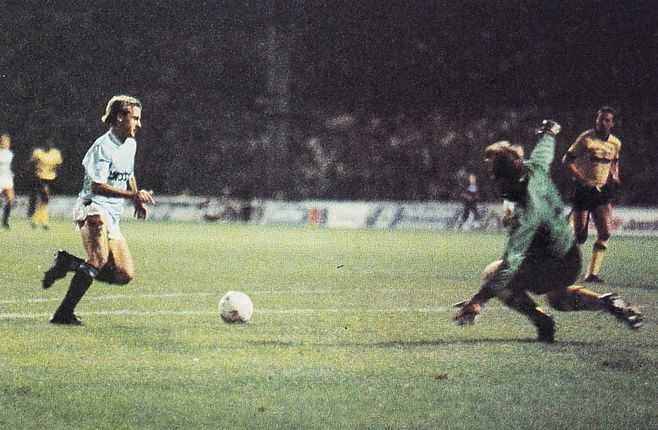 millwall home 1987 to 88 SCOTT citys 1st goal