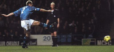 millwall home 2001 to 02 pearce penalty saved