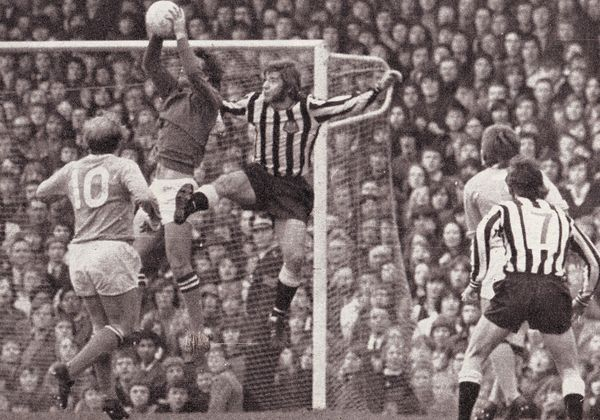 newcastle away 1971-72 action 2a