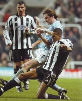 newcastle away 2003 to 04 action2