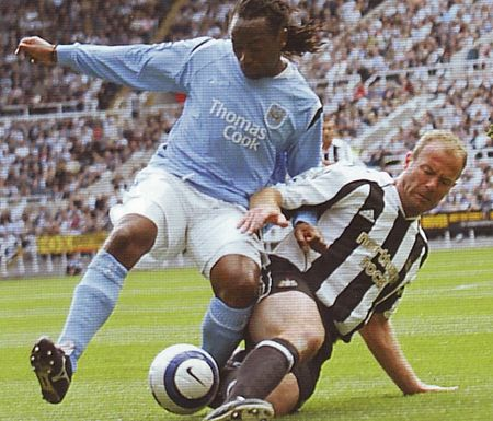 newcastle away 2005 to 06 action2