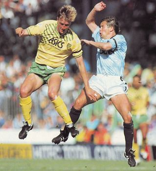 norwich home 1990 to 91 action