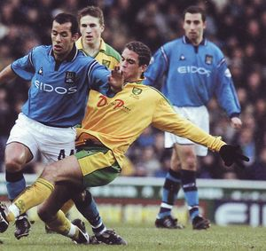 norwich home 2001 to 02 action2