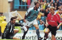 notts forest home 1999 to 00 action2