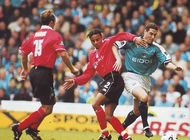 notts forest home 1999 to 00 action4