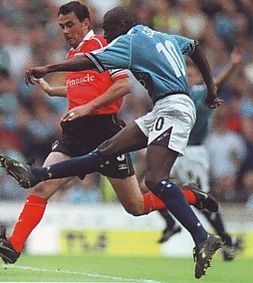 notts forest home 1999 to 00 goater goal