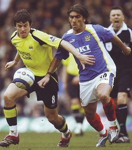 portsmouth away 2005-06 action 3