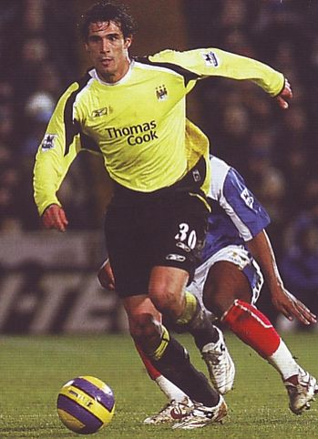 portsmouth away 2006 to 07 action