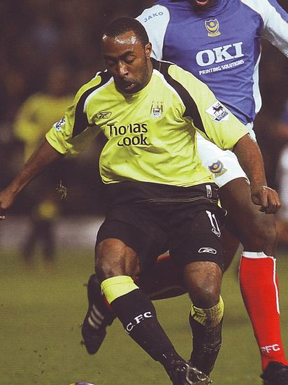 portsmouth away 2006 to 07 action2