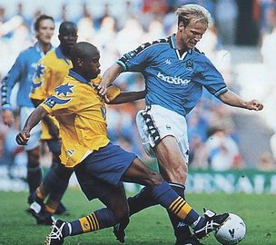 portsmouth home 1997 to 98 action3