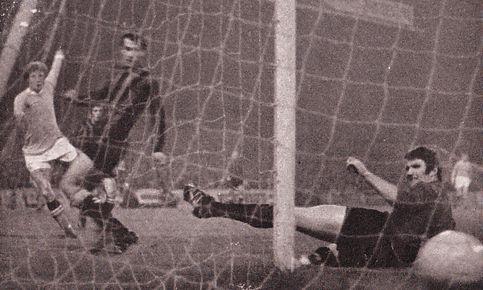 qpr home league cup 1969-70 bell 2nd city goalb