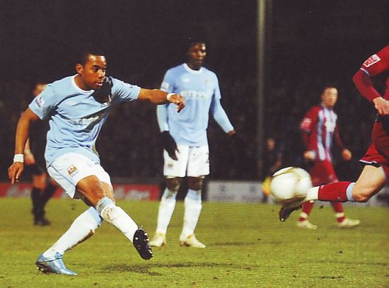 scunthorpe fa cup 2009 to 10 robinho goal