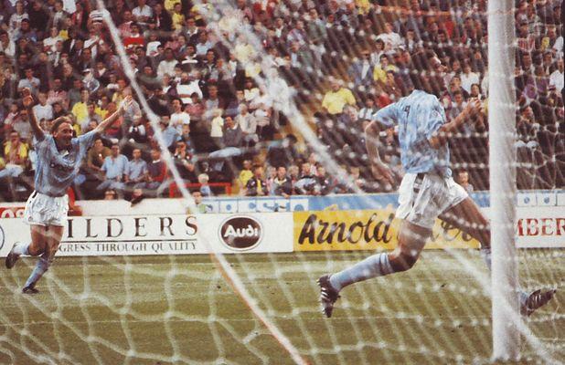 sheff utd away 1990 to 91 white goal